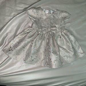 White gold dress 😍